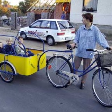 BringAnti: speciális kerékpárvázak, kettes és hármas tandemek, utánfutók, háromkerekűek