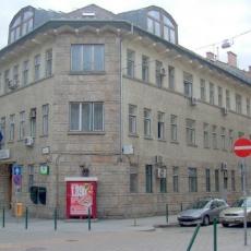 Kapás utcai Szakrendelő (Forrás: wikimapia.org)
