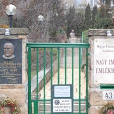 Nagy Imre Emlékház (forrás: panoramio.com/ T. Péter)