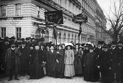 1911, Bécs