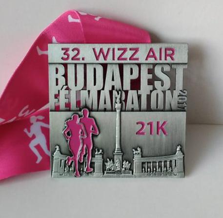 wizzair félmarathon érem