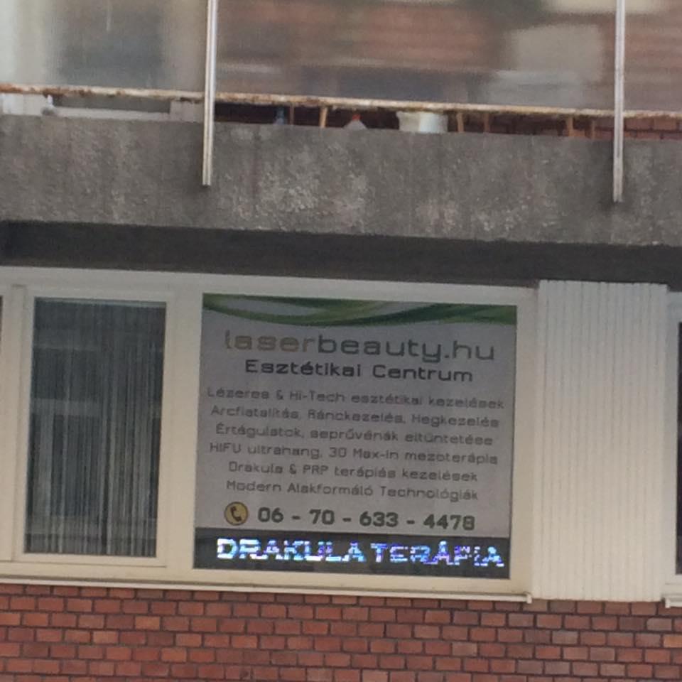A Drakula-terápia hirdetése (fotó: Wild Judit)